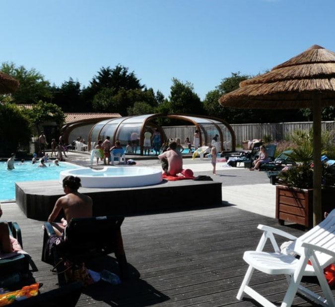 Vacances octobre 2012 location vacances toussaint for Camping piscine couverte bretagne