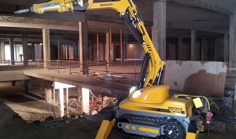 robot-demolition-brokk